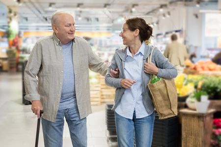 Etiquette of Showing Respect to Older People