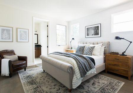 modern farmhouse bedroom with turkish rug - Modern Rustic Bedroom
