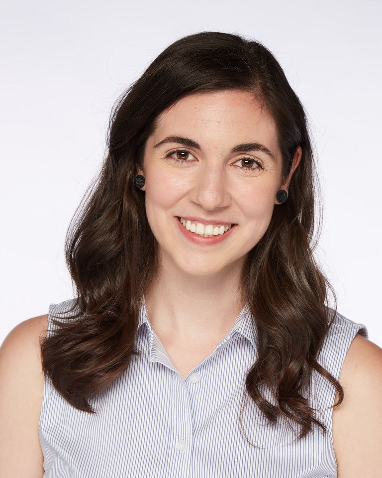 Headshot of Alexandra Deabler