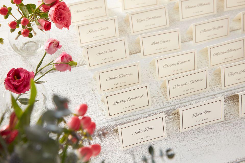Wedding guests place cards