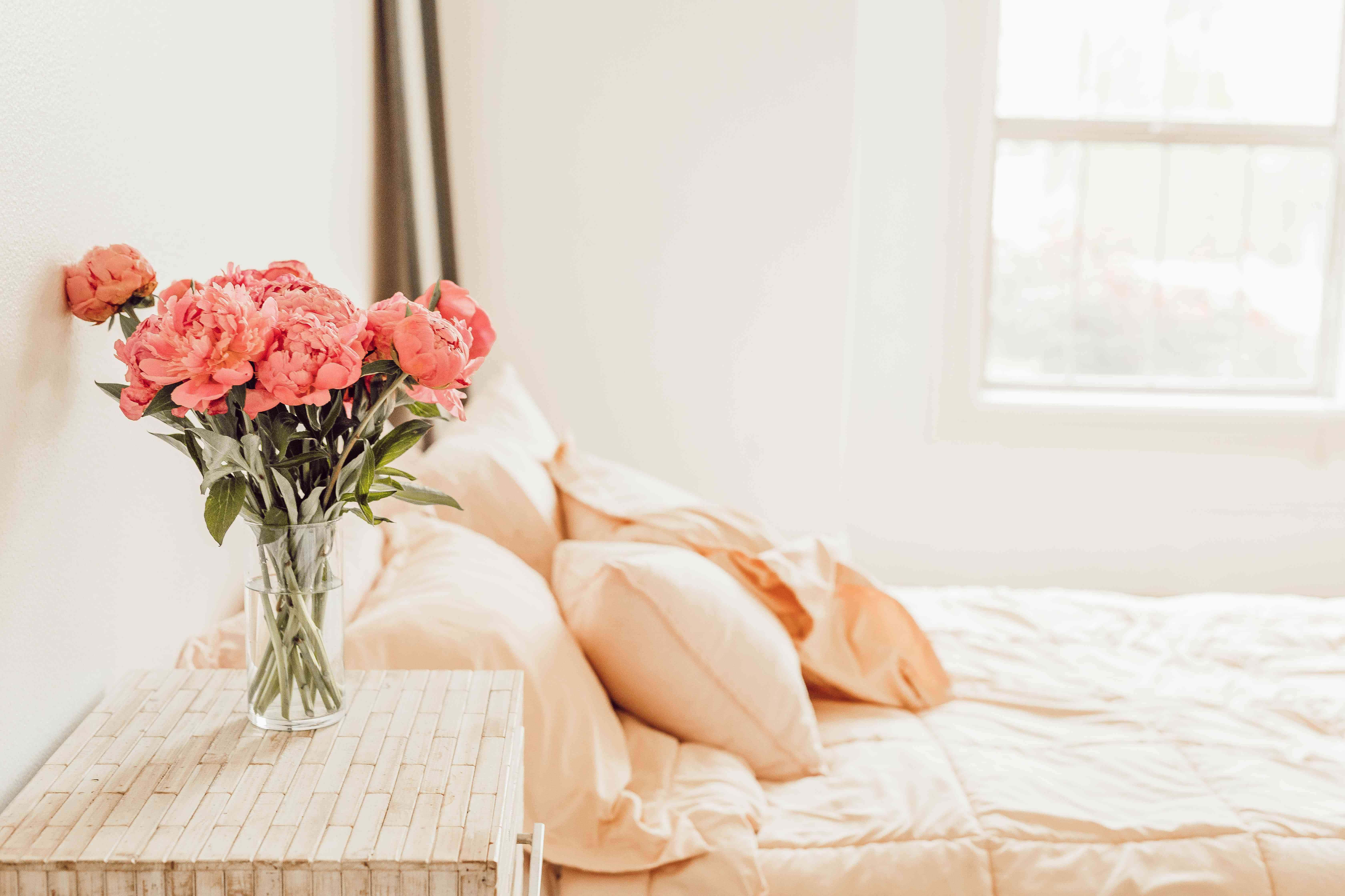 pink bedroom with peonies