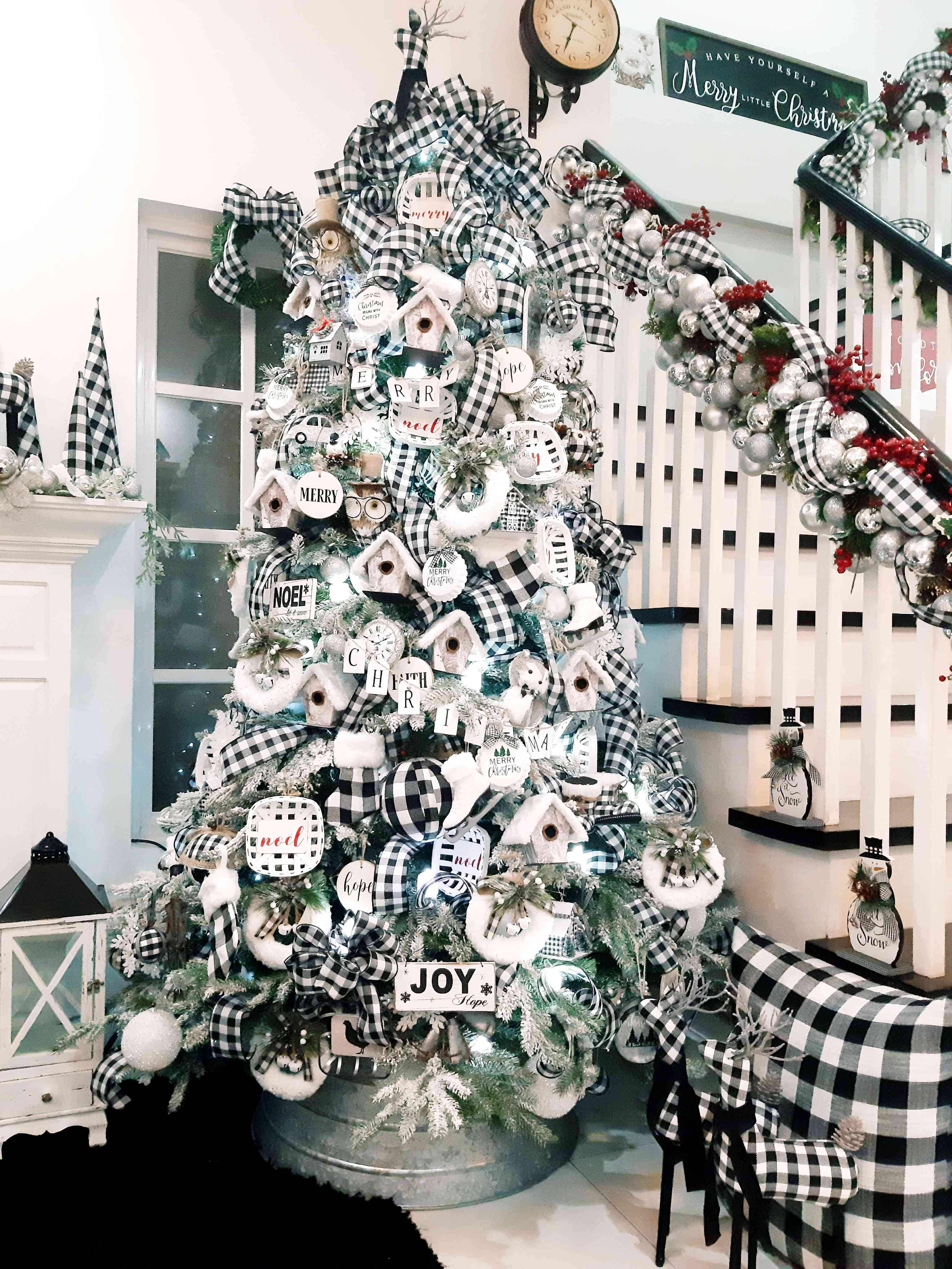 Benet Velasquez's buffalo plaid Christmas tree
