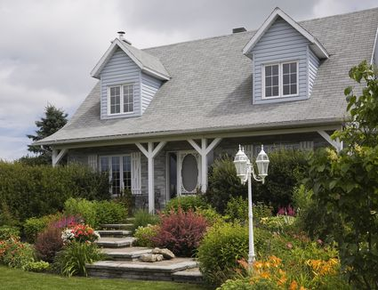 Pictures Of Foundation Plantings Ideas For Shrubbery