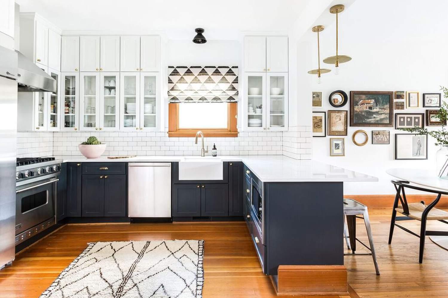 Shaker style farmhouse kitchen