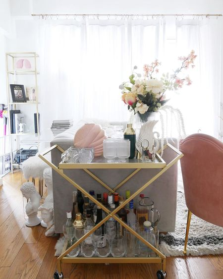11 Best Instagram Accounts For Apartment Dwellers