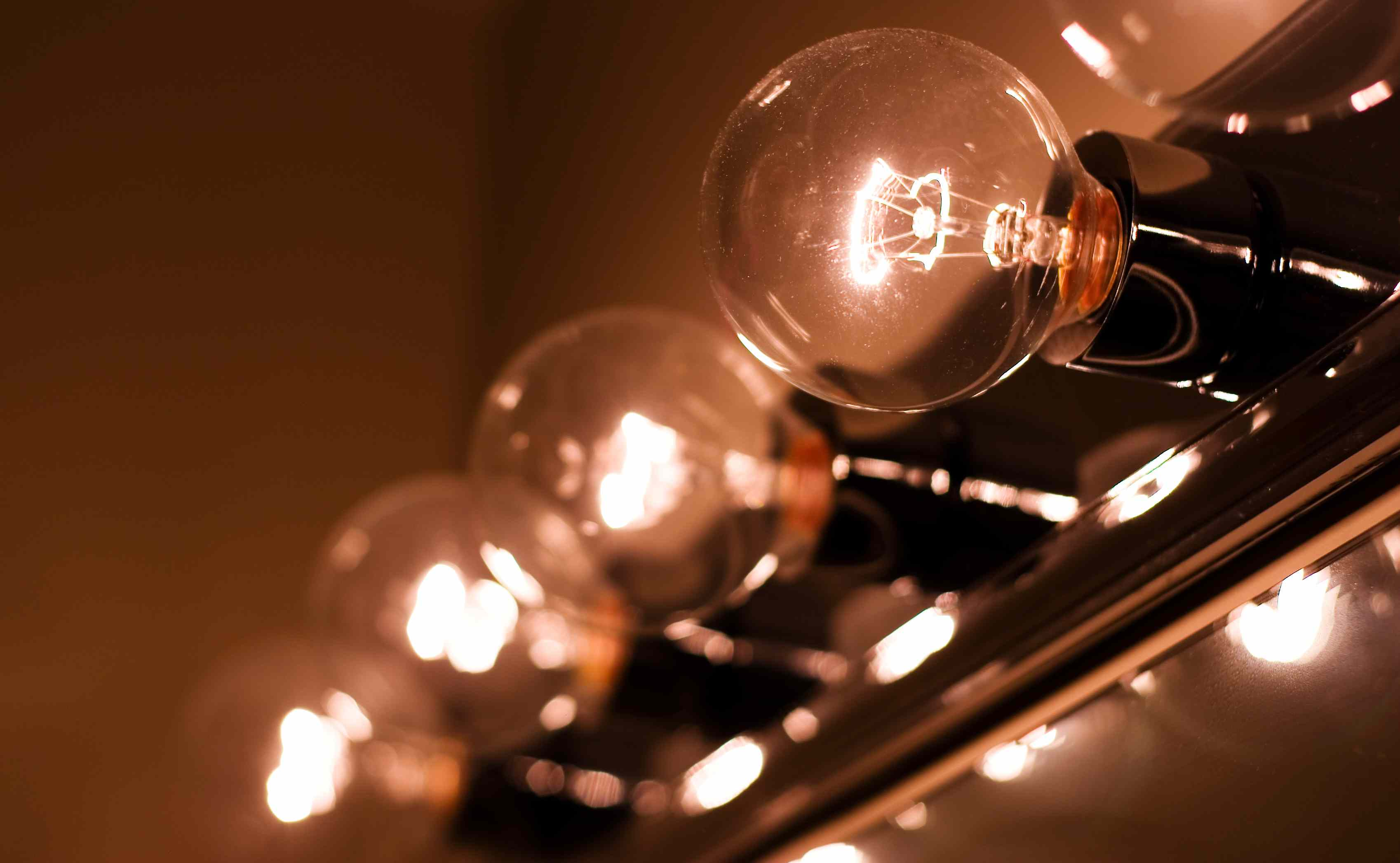 circular light bulbs