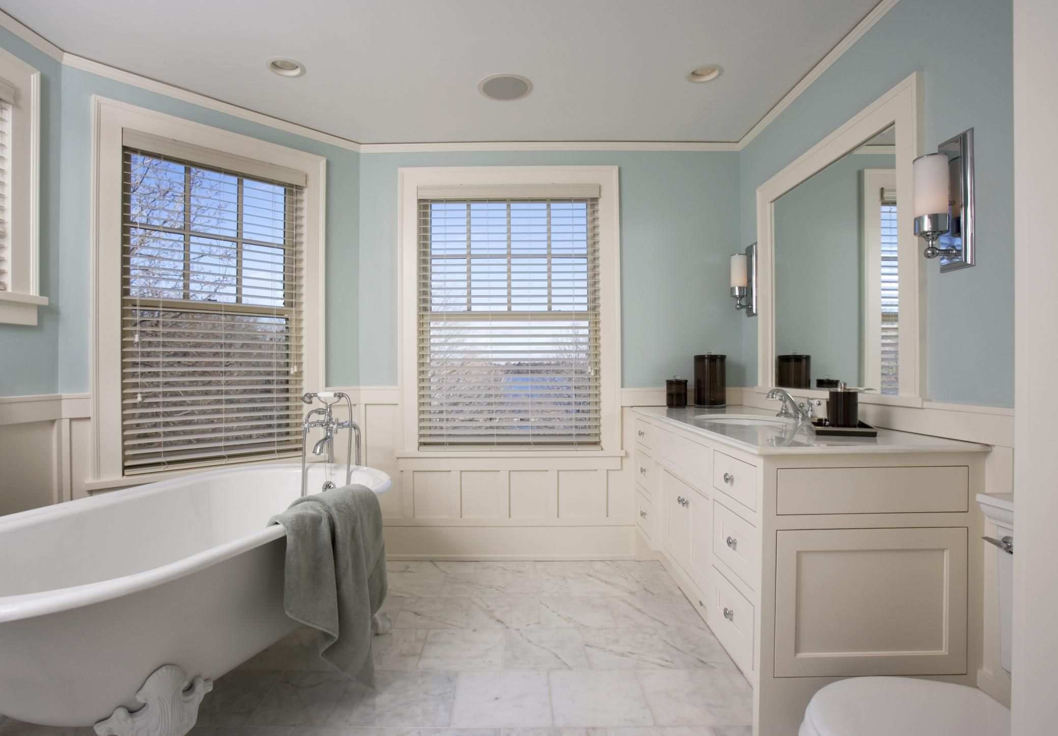 Bathroom Decorating Ideas For Small Bathrooms: Use These Bathroom Decorating Ideas For Your Home