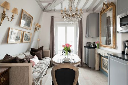 Decorate Like The French Small Living Room