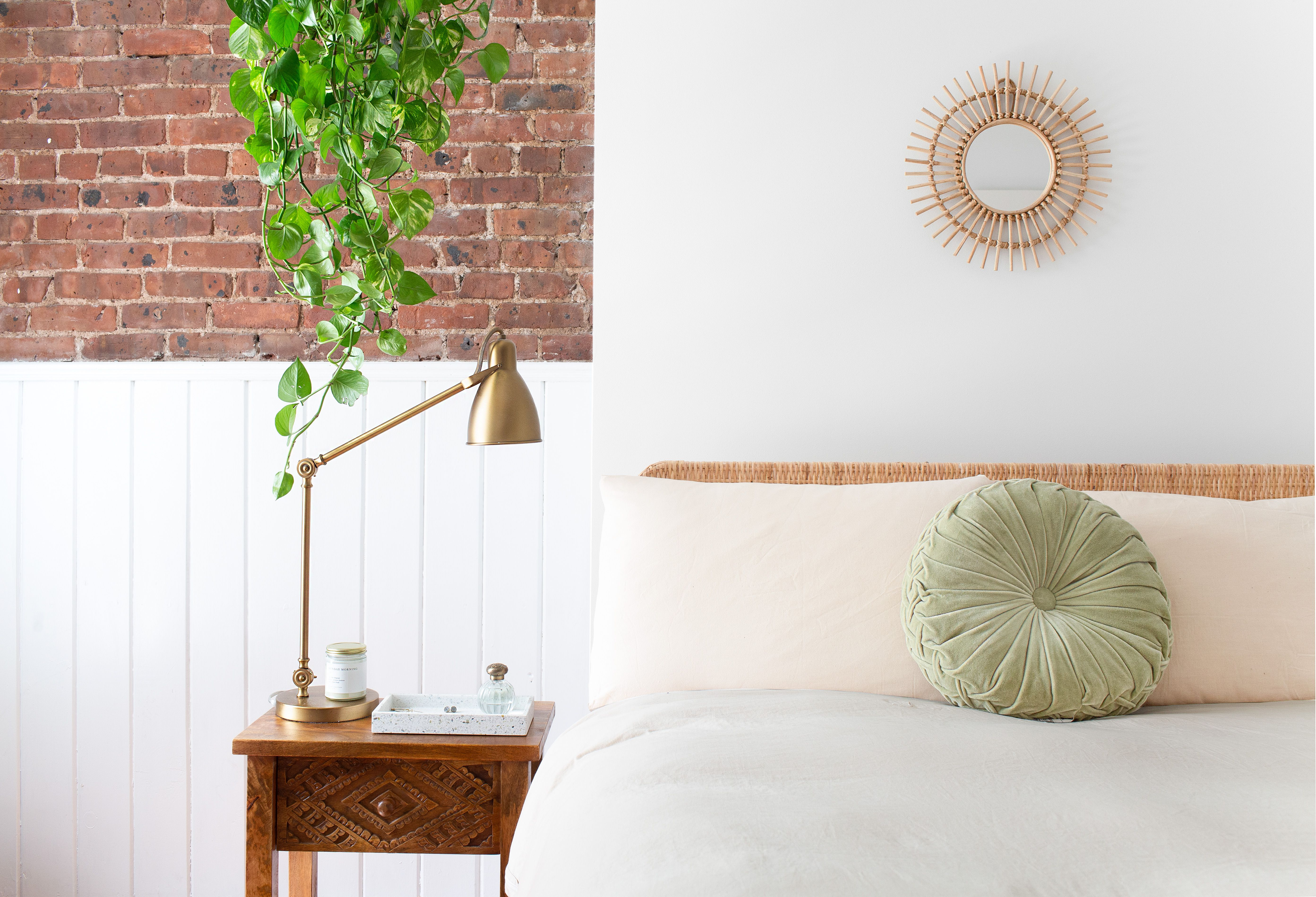 10 easy ways to make your home look inviting in under 10.htm 10 tricks to make your bedroom look expensive  tricks to make your bedroom look expensive