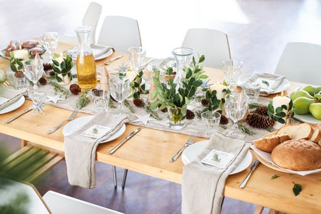 Proper Way To Set A Formal Dinner Table - How to set a table in a restaurant