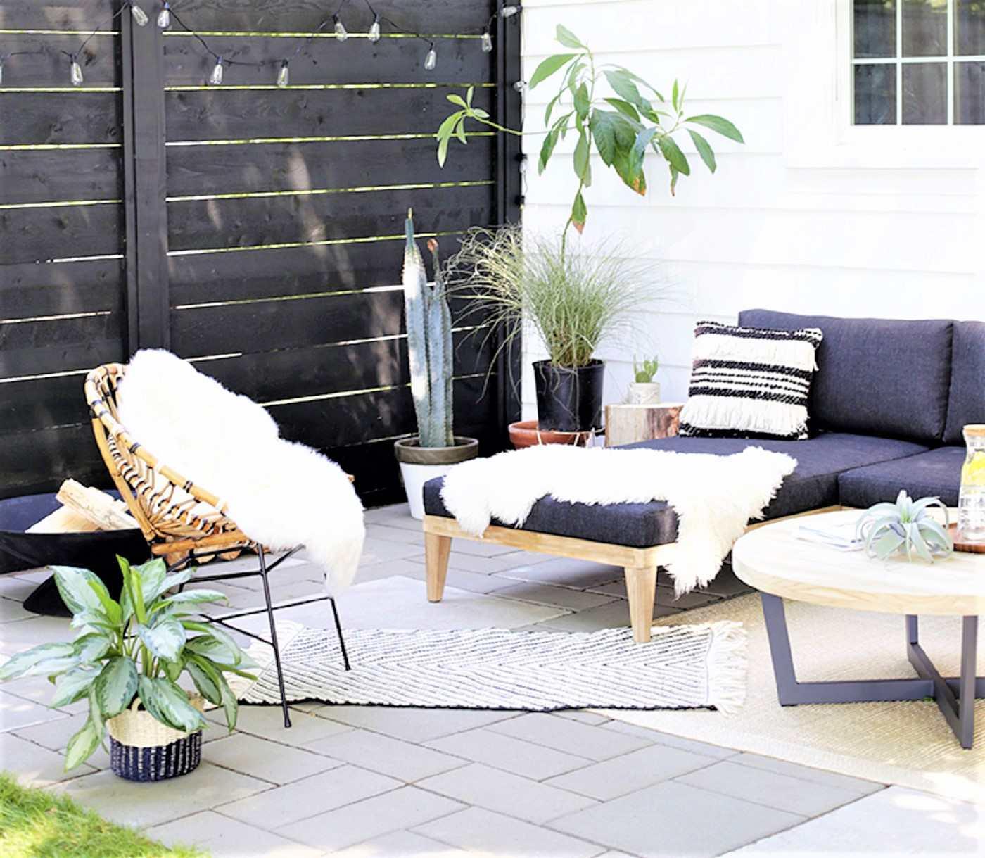 Modern-style DIY patio