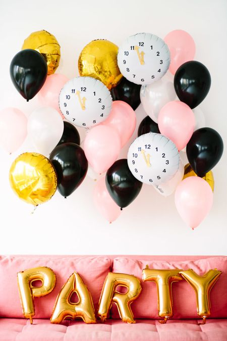 7738d8a0 Decorate for a Chic and Minimal New Year's Eve Party
