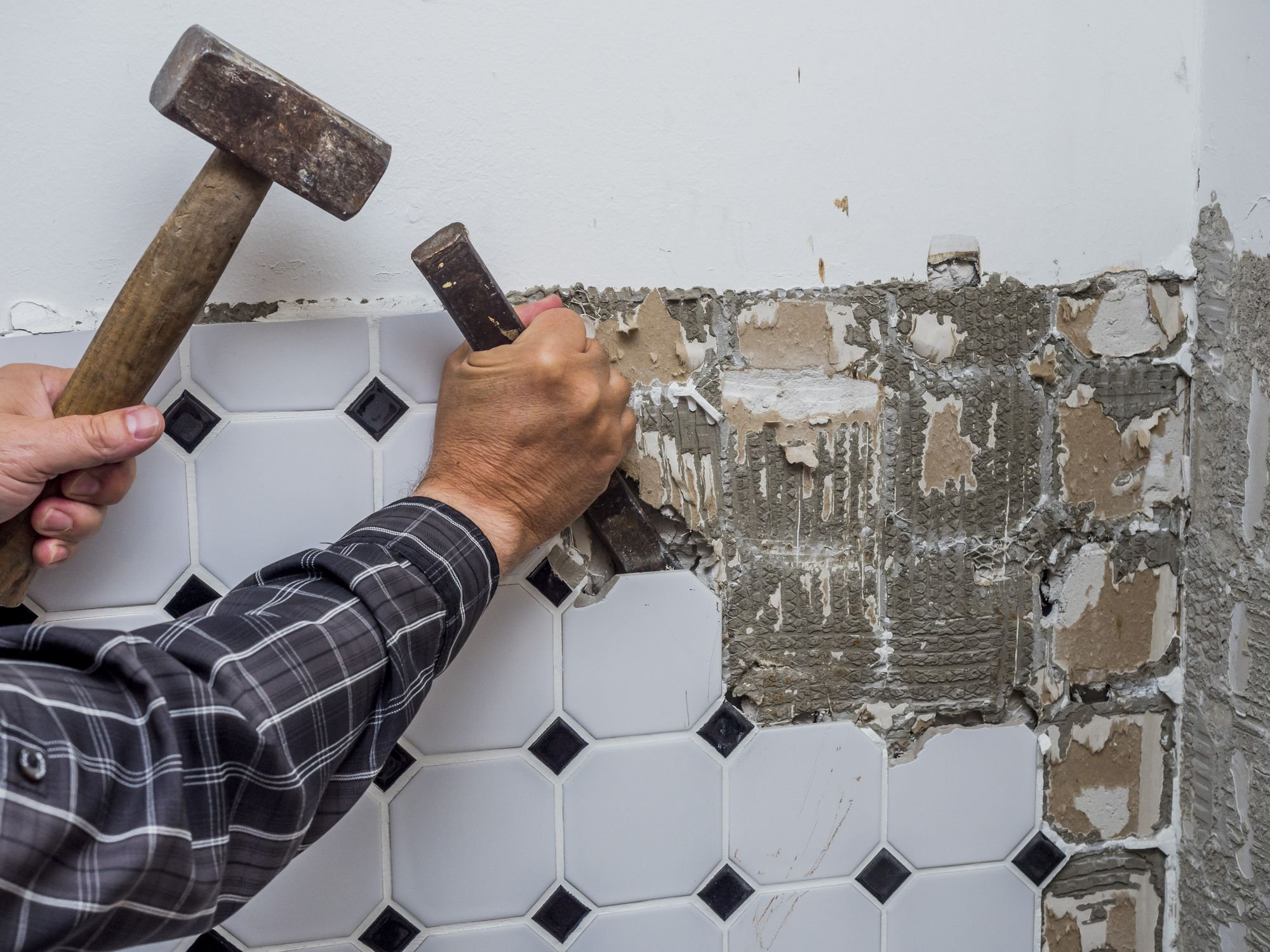 What You Need To Know About Using Recycled Ceramic Tiles