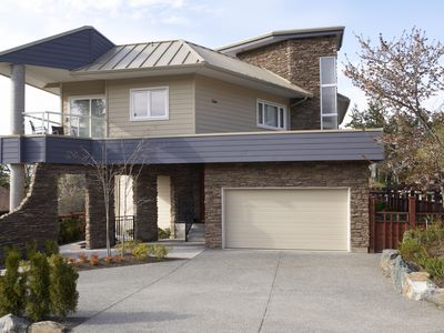 garage of a modern home