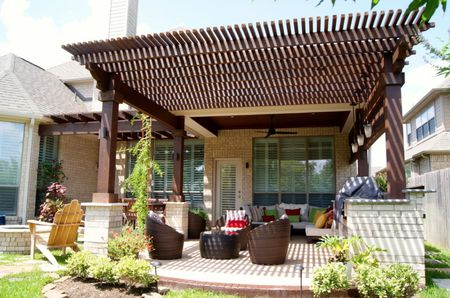 Pergola style covered patio - 50 Stylish Covered Patio Ideas
