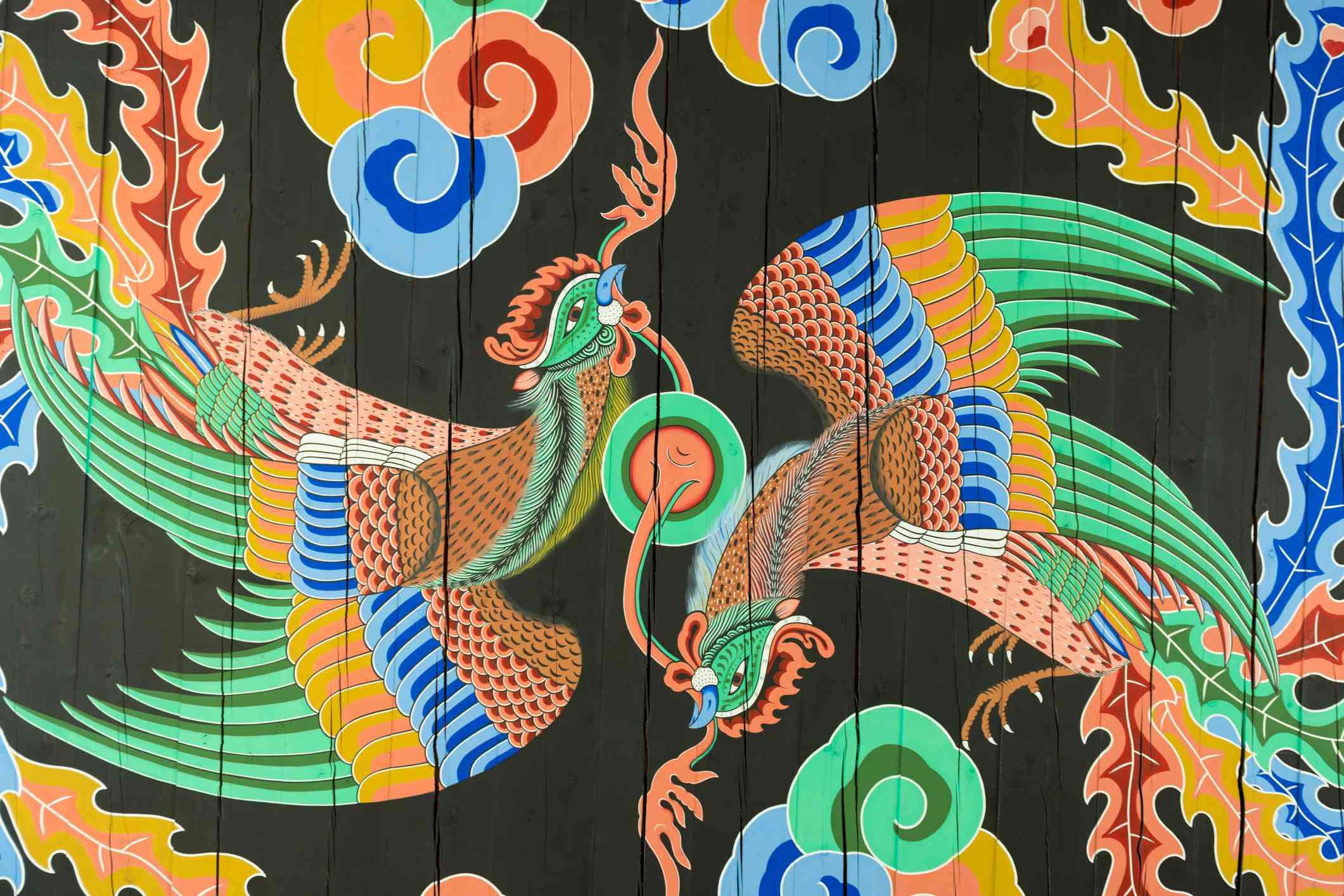 Ceiling detail of twin phoenix birds in Gwanghwamun, main gate of Gyengbokgung palace in Seoul.