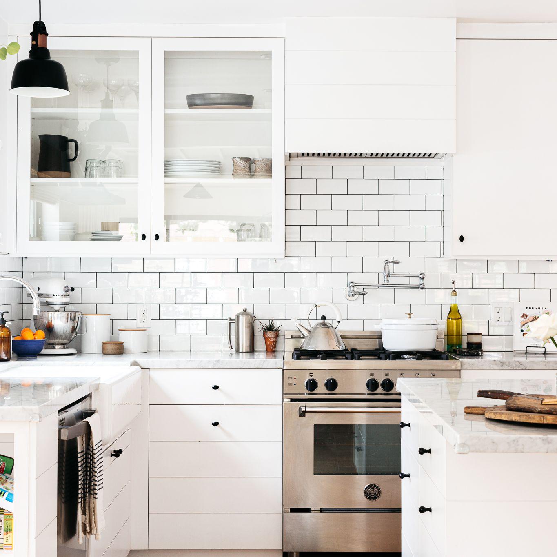 9 Modern White Kitchens