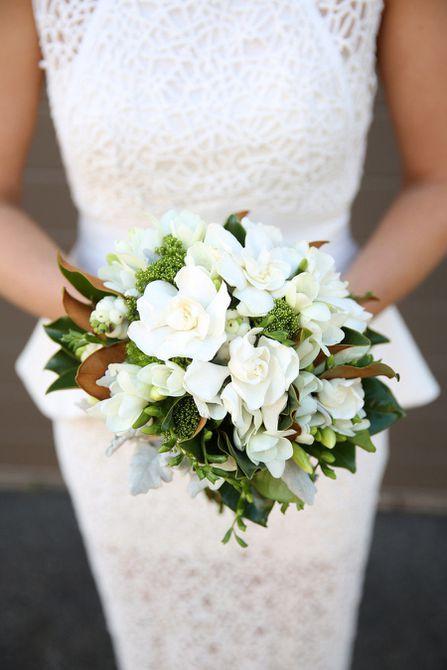 Ramo de boda de invierno Gardenia