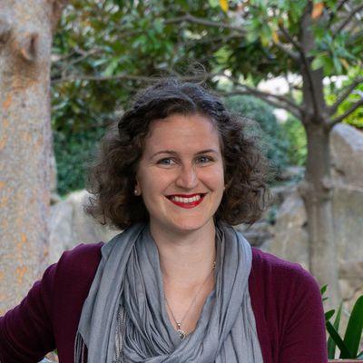 Rebecca Isaacs