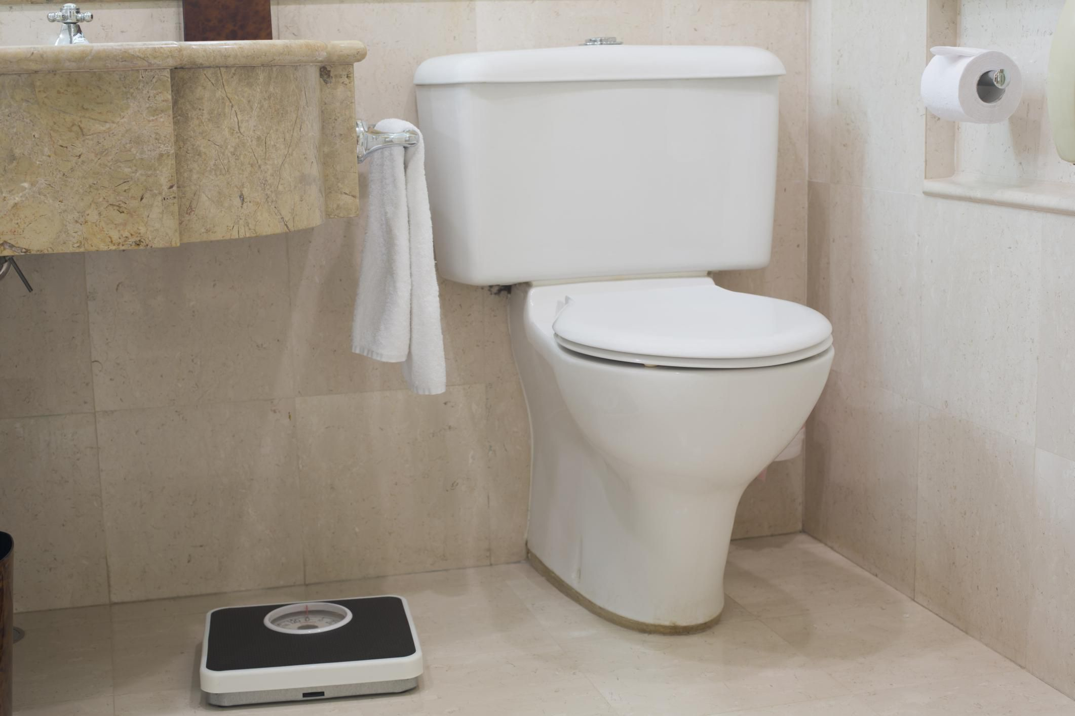 How Do You Know When It\'s Time to Replace a Toilet?
