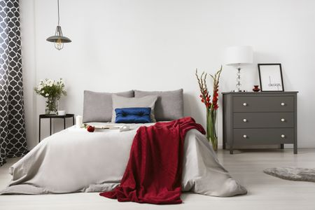 9 Decorating Tips for a Romantic Bedroom