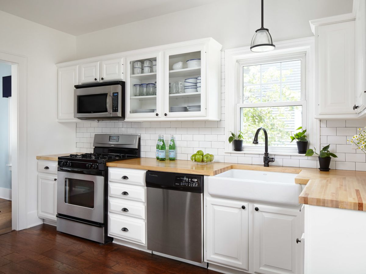 White Kitchen Cabinets With Butcher Block Countertops 16 Modern Kitchens With Butcher Block Countertops