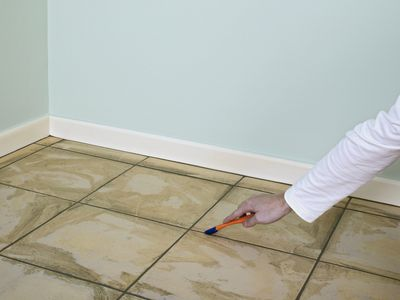 How to Clean Tiles With Grout Haze Remover