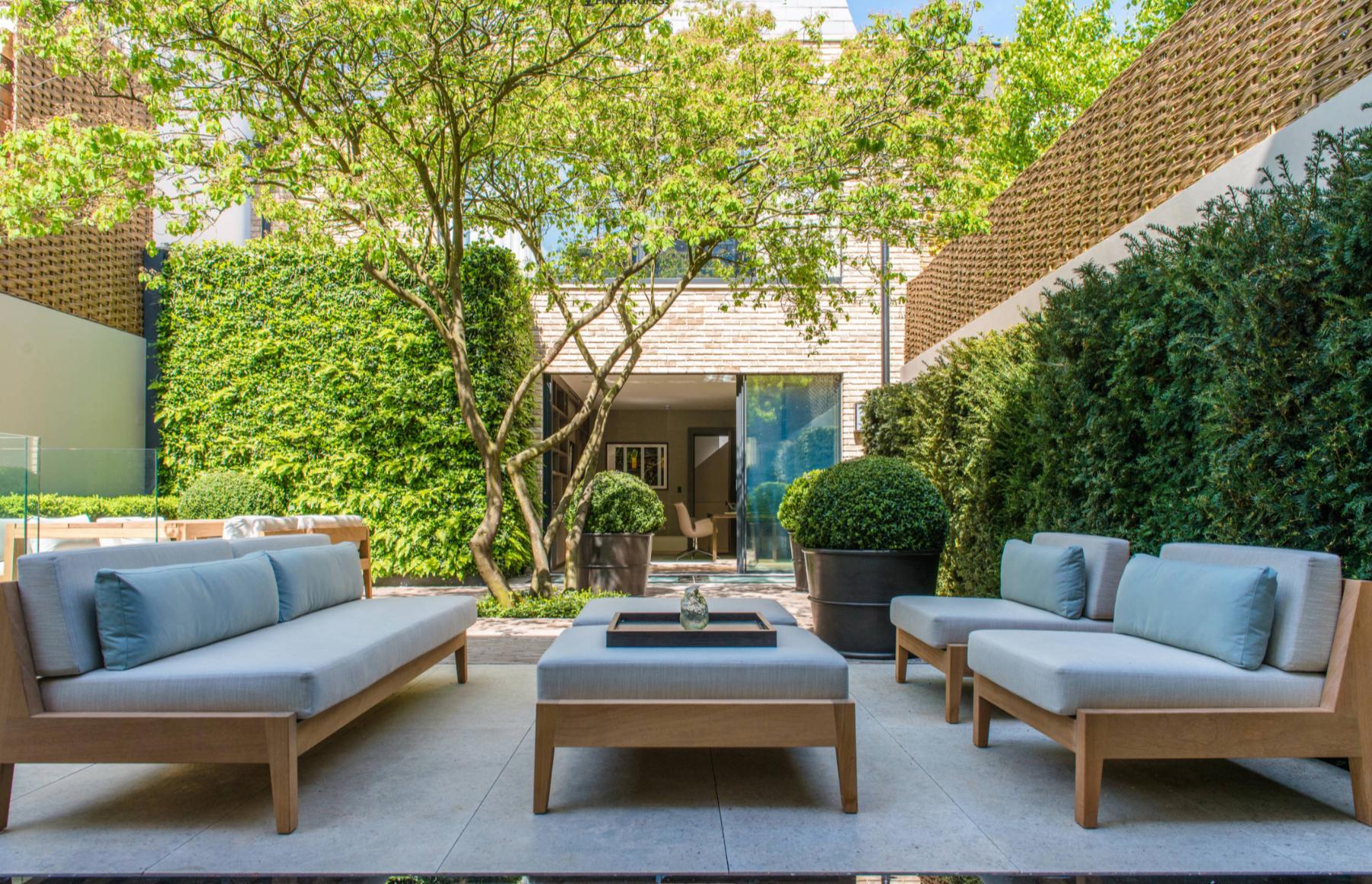 patio moderno de bedford