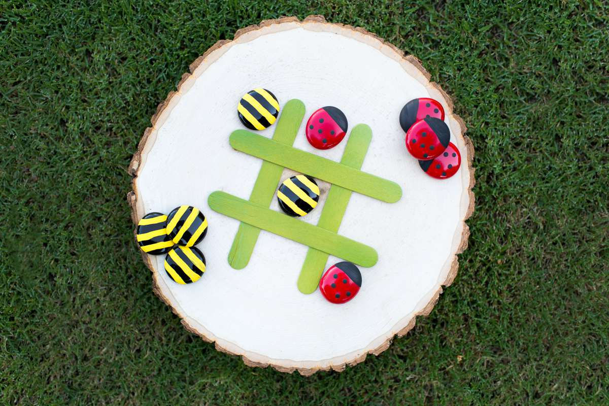 DIY Bees And Ladybugs Tic Tac Toe Game