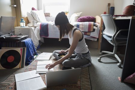 what you need to know when moving into a college dorm room