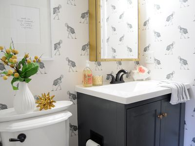 17 Simple Ways To Beautify A Small Bathroom Without Remodeling Ideas