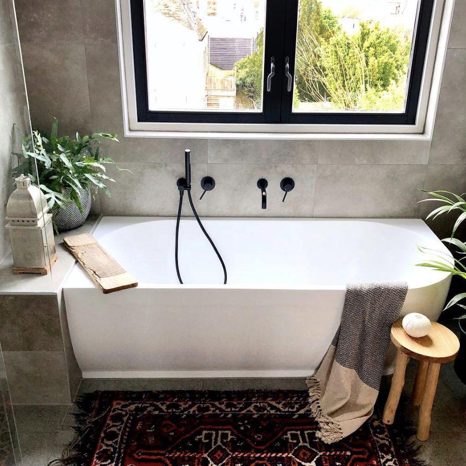 tub with greenery