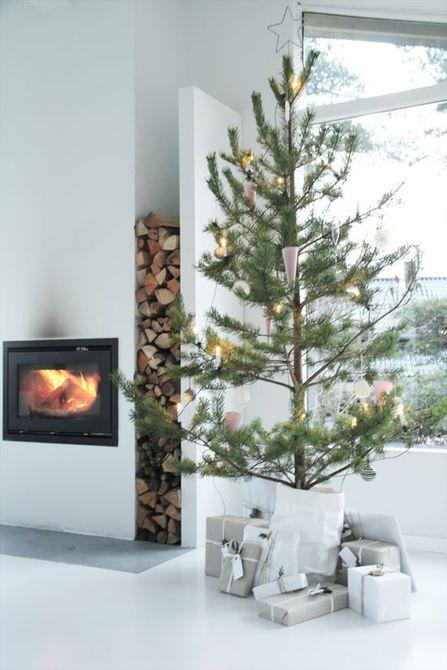 Árbol de Navidad escandinavo minimalista