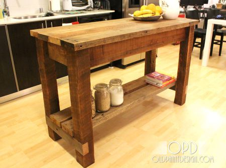 Free Kitchen Island Plans For You To DIY - Farmhouse style kitchen islands