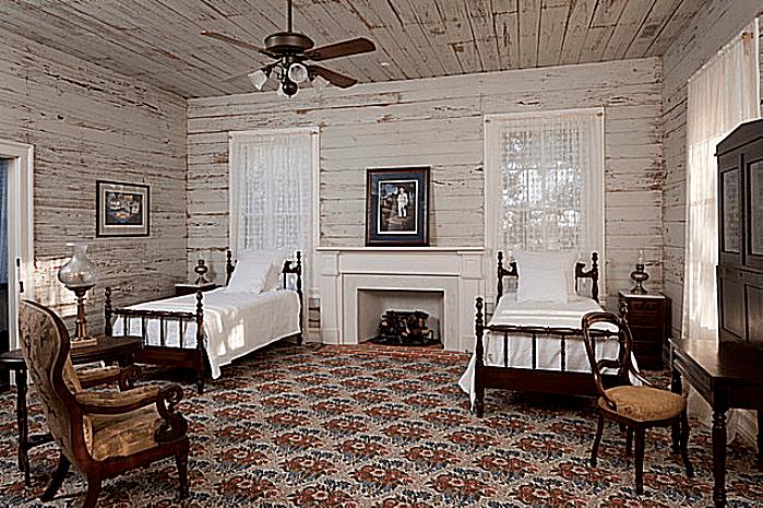 1850s plantation house bedroom