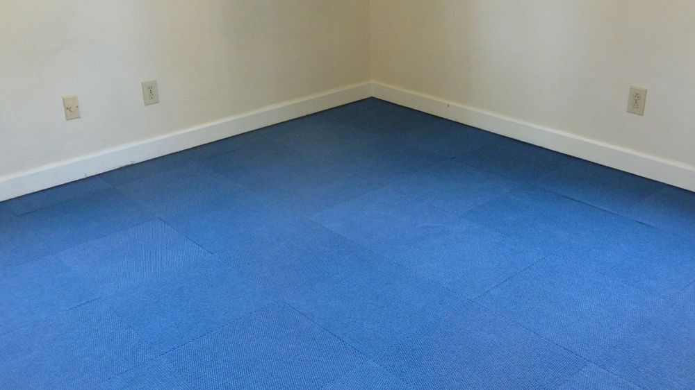How To Install Carpet Tiles, Can You Lay Laminate Flooring On Top Of Carpet Tiles