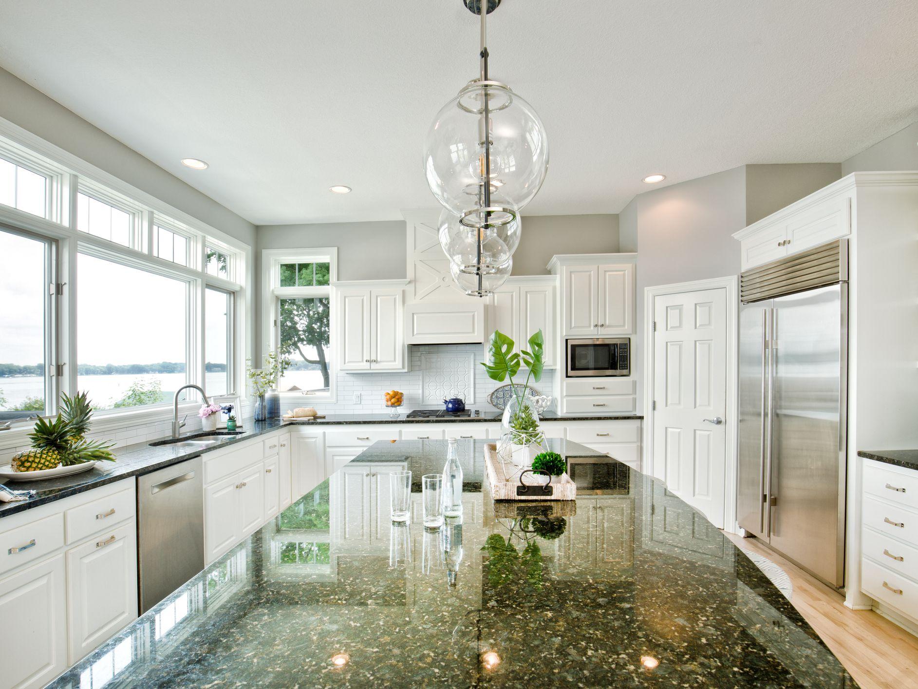 Quartz Vs Granite Countertops A Comparison