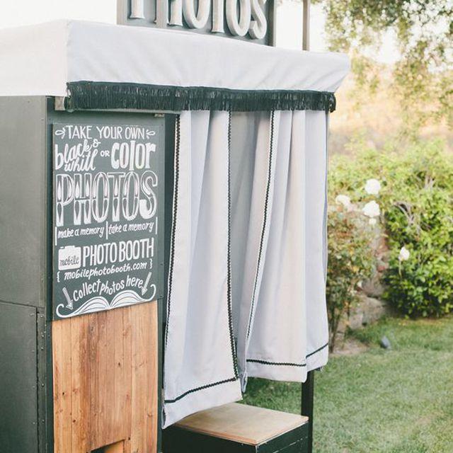 Wedding Favor Photo Booth Idea