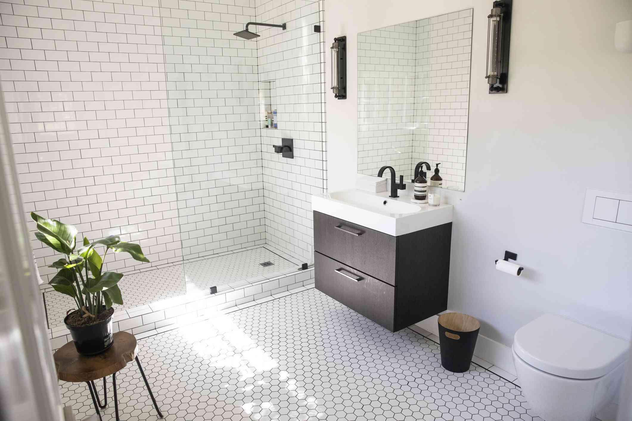Industrial shower room