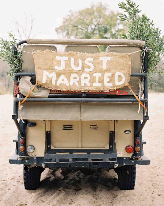 cartel de arpillera recién casado