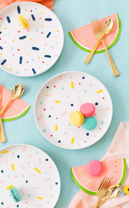 Platos de patrón de confeti de bricolaje