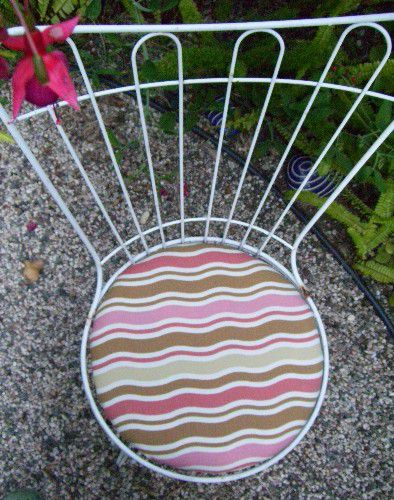 Outdoor chair with new cushion upholstery