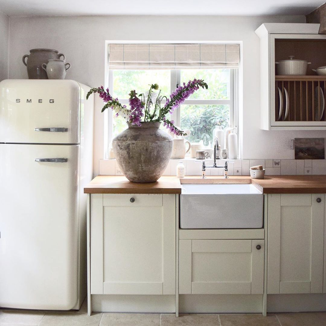 Farmhouse kitchen with a deep sink