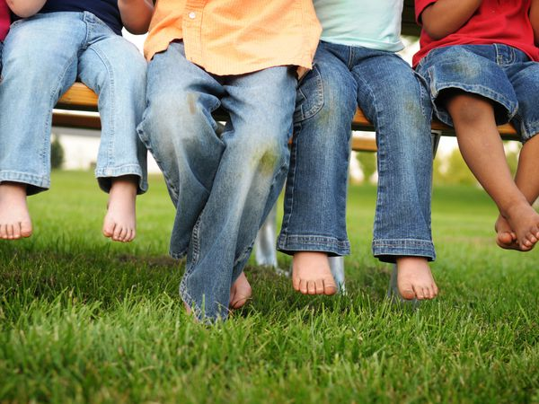 grass stains on children's clothing