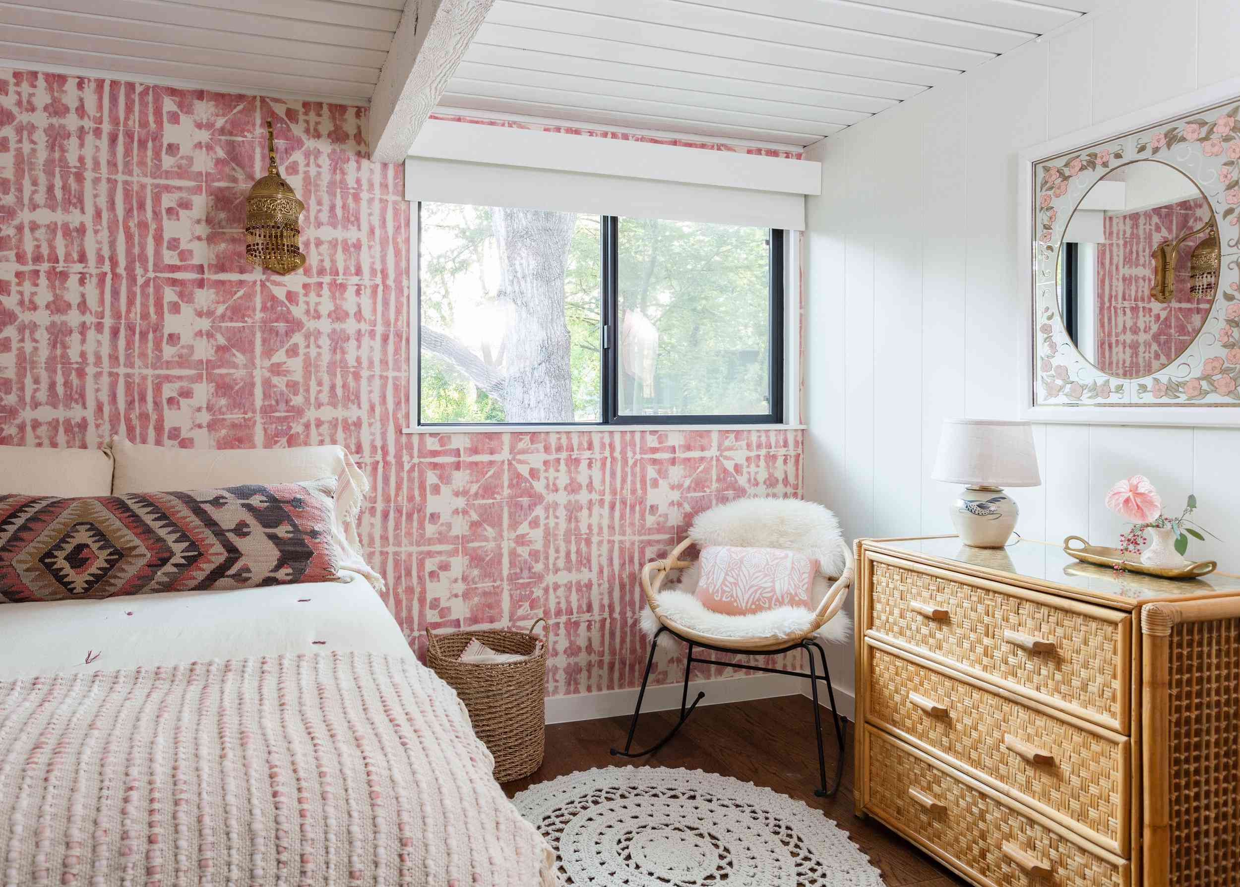 Brown and pink bedroom