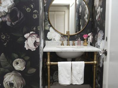 12 Ways To Use Floral In Your Bathroom Decor. Bathroom Ideas