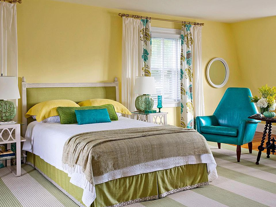 Yellow, blue and green bedroom