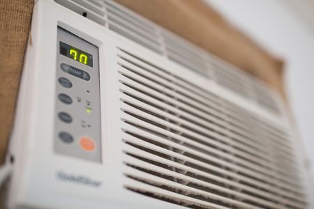 Causes of a Window Air Conditioner Freezing Up