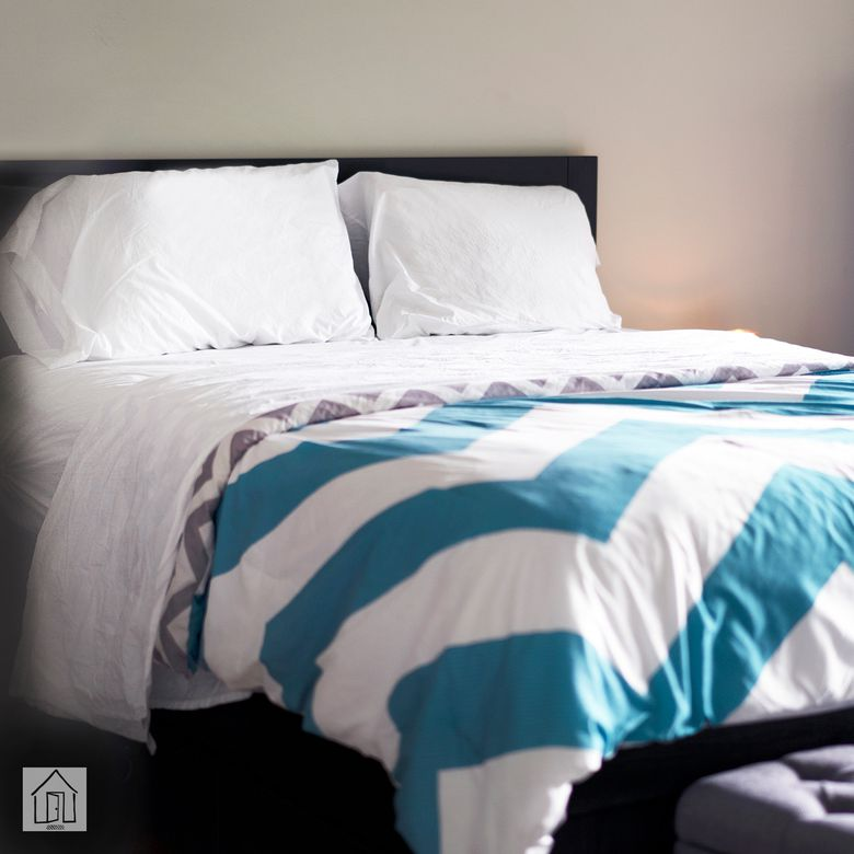 Threshold Vintage Wash Solid Sheet Set