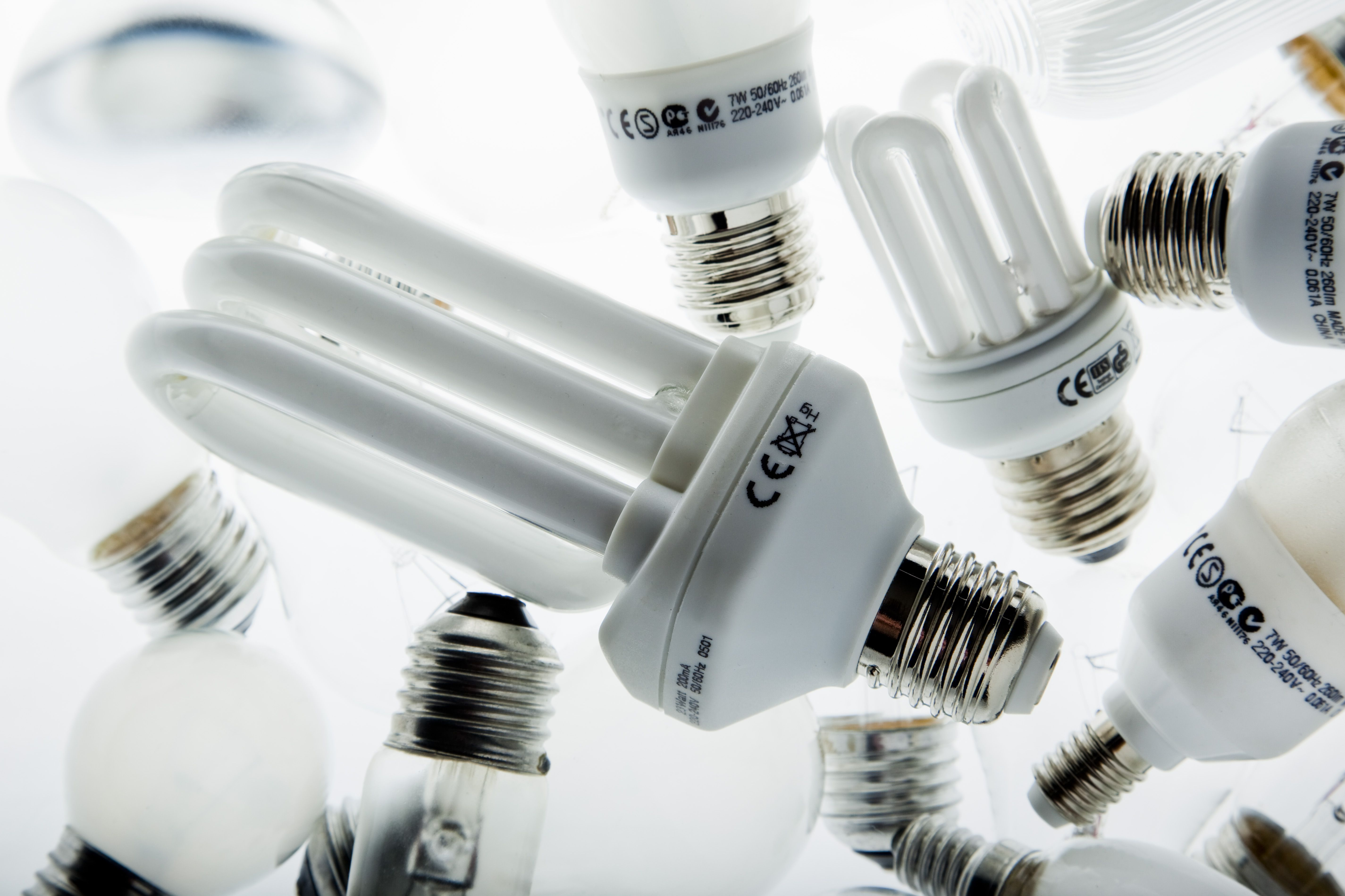Low energy lamps and light bulbs